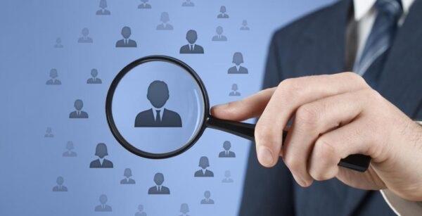 Việc tìm ra một trader chuyên nghiệp sẽ giúp người chơi tự tin hơn khi giao dịch